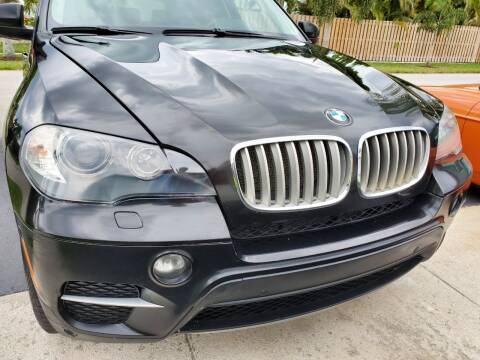 2011 BMW X5 xDrive35d for sale at M.D.V. INTERNATIONAL AUTO CORP in Fort Lauderdale FL
