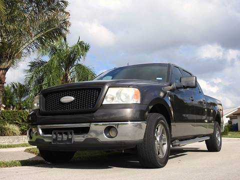2006 Ford F-150 for sale at M.D.V. INTERNATIONAL AUTO CORP in Fort Lauderdale FL