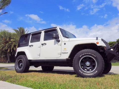 2010 Jeep Wrangler Unlimited for sale at M.D.V. INTERNATIONAL AUTO CORP in Fort Lauderdale FL