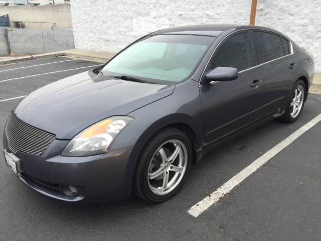 2007 Nissan Altima for sale at Americar Auto Expert in San Diego CA