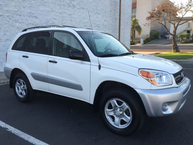 2005 Toyota RAV4 for sale at Americar Auto Expert in San Diego CA