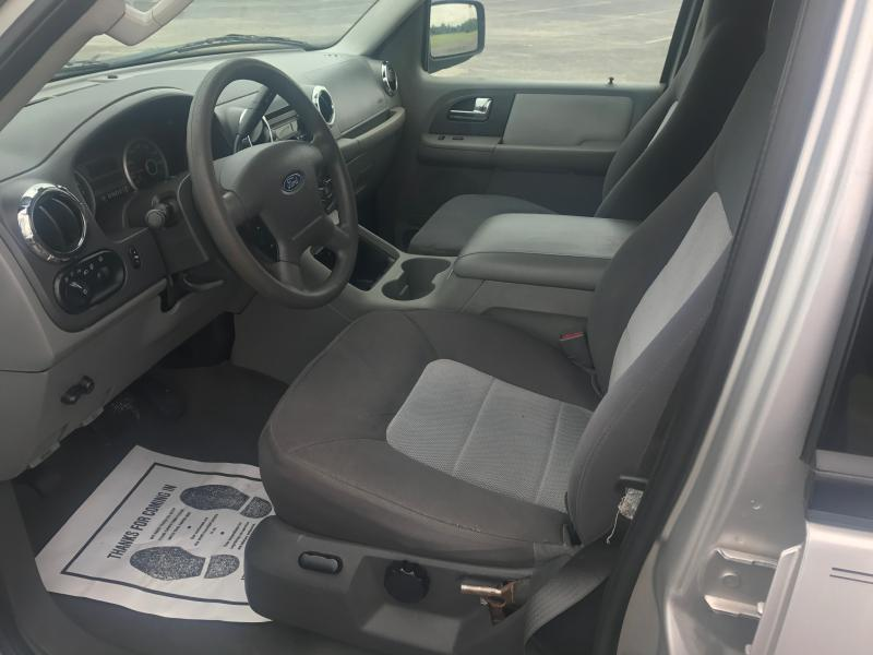 2005 Ford Expedition for sale at Opportunity Used Cars LLC in Waco TX