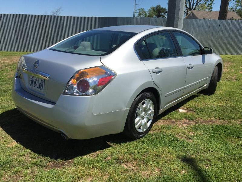 2011 Nissan Altima for sale at Opportunity Used Cars LLC in Waco TX