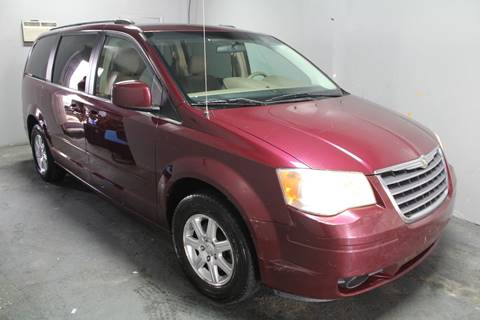 2008 Chrysler Town and Country for sale in Newark, NJ