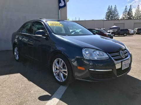 2005 Volkswagen Jetta for sale at LT Motors in Rancho Cordova CA