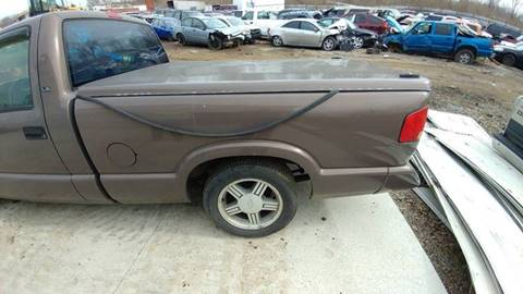 1997 Chevrolet S-10 for sale in Muncie, IN