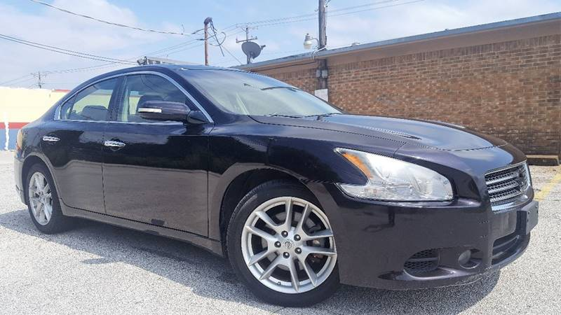 2011 Nissan Maxima for sale at ULTIMATE MACHINE in Arlington TX