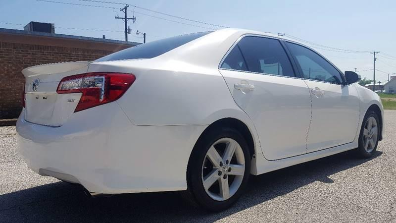 2012 Toyota Camry for sale at ULTIMATE MACHINE in Arlington TX