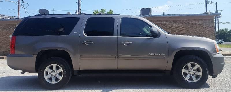 2013 GMC Yukon XL for sale at ULTIMATE MACHINE in Arlington TX