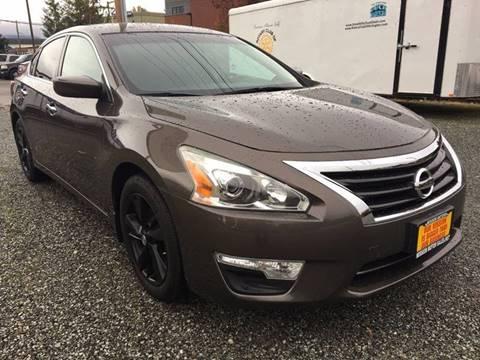 2013 Nissan Altima for sale in Oak Harbor, WA