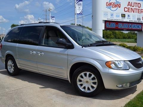 2002 Chrysler Town and Country for sale in Mchenry, IL