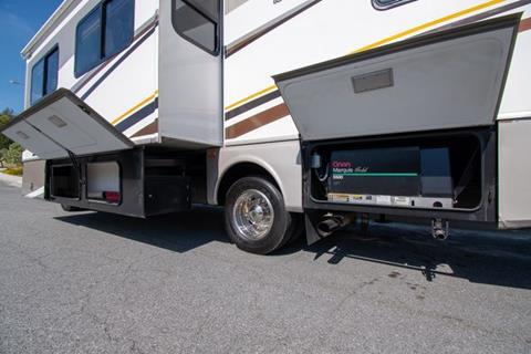 2005 Workhorse W22 4X2 Chassis In San Bernardino CA - GQC