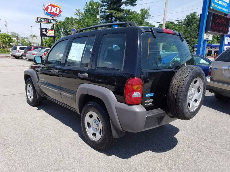 2004 Jeep Liberty for sale at Advance Auto Group, LLC in Manchester NH