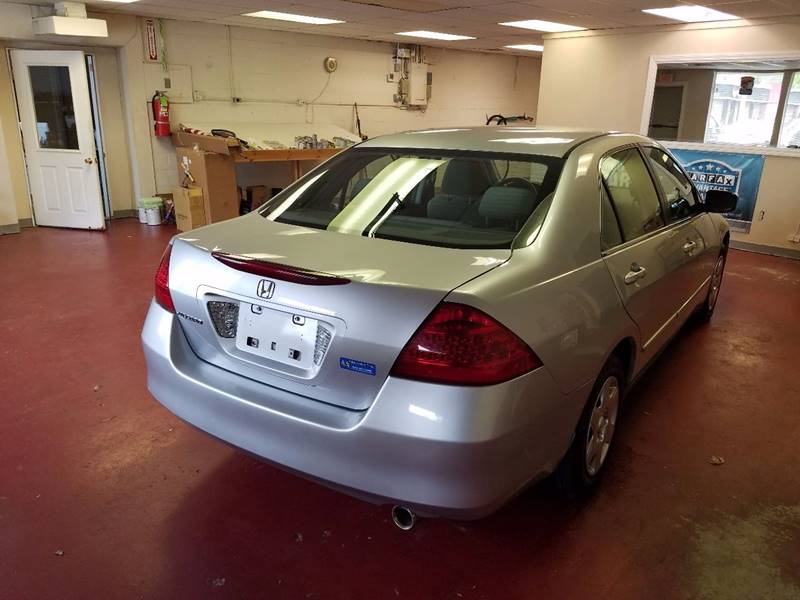 2006 Honda Accord for sale at Advance Auto Group, LLC in Manchester NH