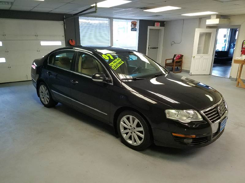 2007 Volkswagen Passat for sale at Advance Auto Group, LLC in Manchester NH