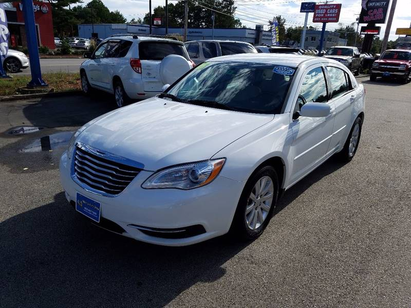 2013 Chrysler 200 for sale at Advance Auto Group, LLC in Manchester NH