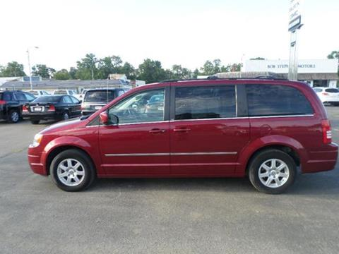 2010 Chrysler Town and Country for sale in Manchester IA