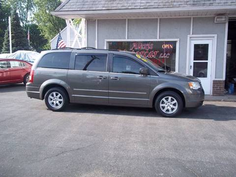 2010 Chrysler Town and Country for sale in Toledo OH