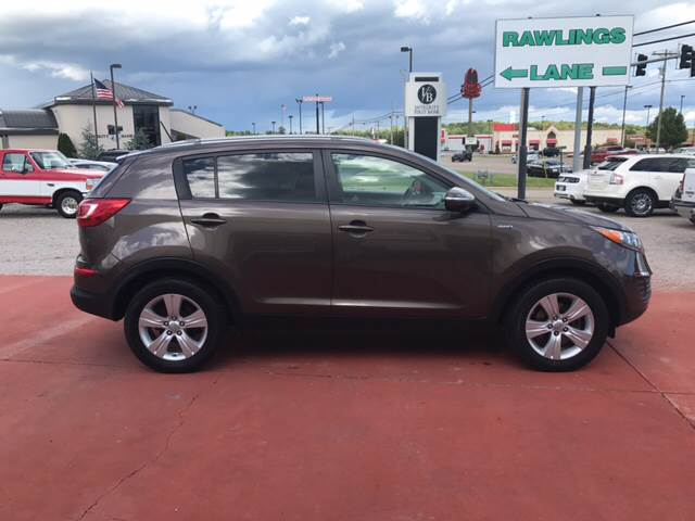 2011 Kia Sportage for sale at T & C Auto Sales in Mountain Home AR
