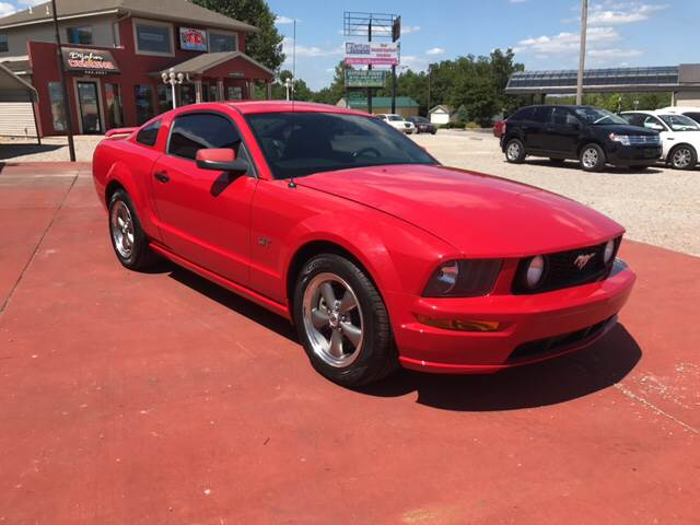 2006 Ford Mustang for sale at T & C Auto Sales in Mountain Home AR