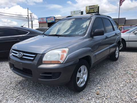 2005 Kia Sportage for sale at T & C Auto Sales in Mountain Home AR