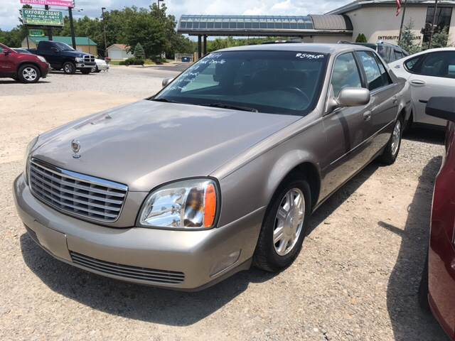 2004 Cadillac DeVille for sale at T & C Auto Sales in Mountain Home AR