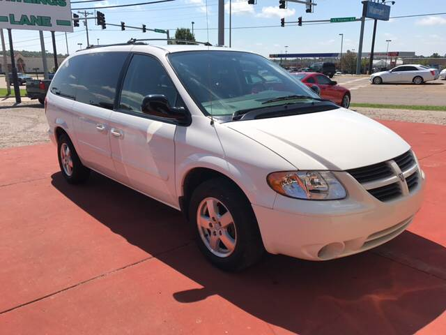 2005 Dodge Grand Caravan for sale at T & C Auto Sales in Mountain Home AR