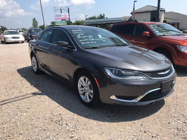 2015 Chrysler 200 for sale at T & C Auto Sales in Mountain Home AR