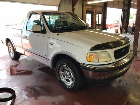1997 Ford F-150 for sale at T & C Auto Sales in Mountain Home AR