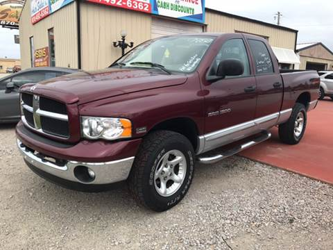 2003 Dodge Ram Pickup 1500 for sale at T & C Auto Sales in Mountain Home AR