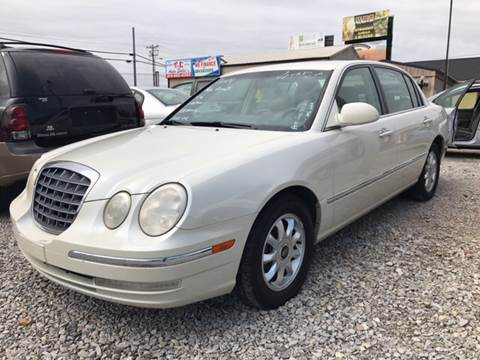 2004 Kia Amanti for sale at T & C Auto Sales in Mountain Home AR