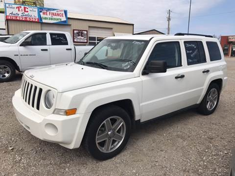 2008 Jeep Patriot for sale at T & C Auto Sales in Mountain Home AR