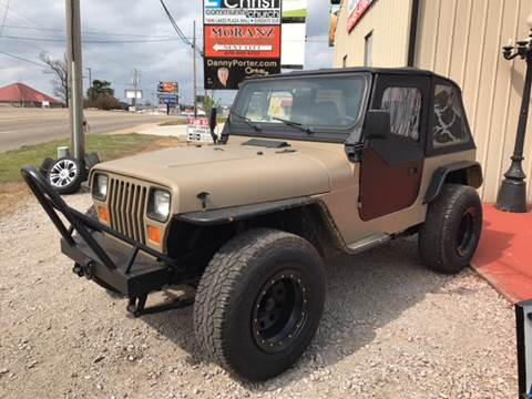 1995 Jeep Wrangler for sale at T & C Auto Sales in Mountain Home AR