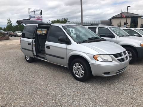 2006 Dodge Grand Caravan for sale at T & C Auto Sales in Mountain Home AR