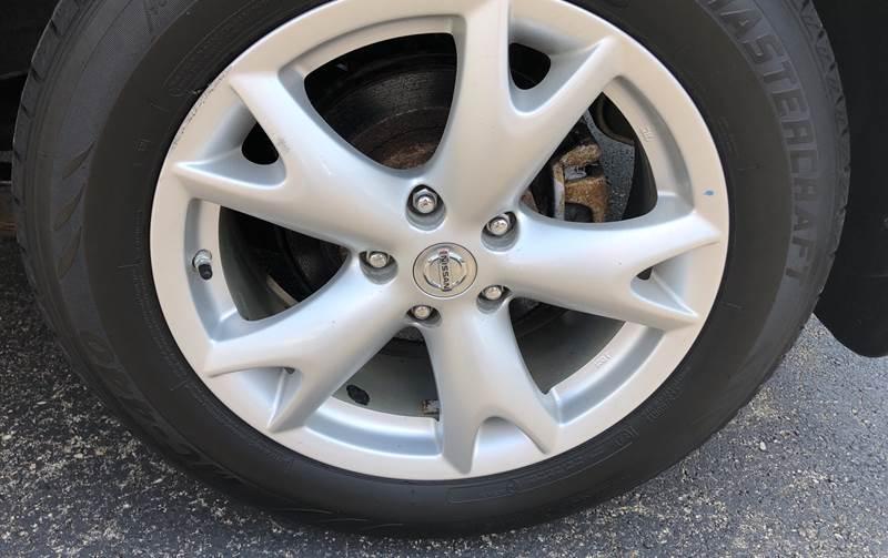 2011 Nissan Rogue SV (image 5)