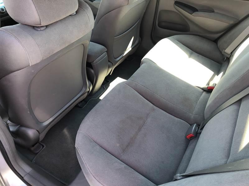 2006 Honda Civic LX (image 12)