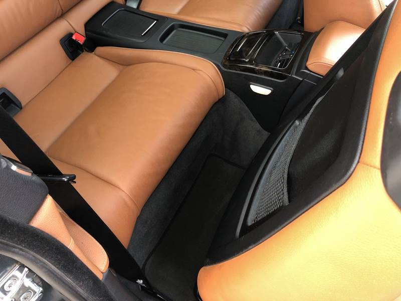 2009 BMW 3 Series 335i xDrive (image 12)