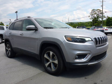 2019 Jeep Cherokee for sale at Viles Automotive in Knoxville TN