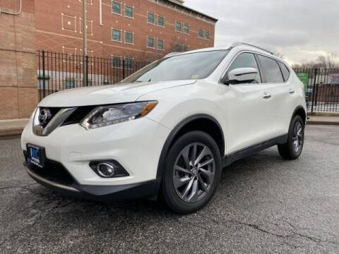 2016 Nissan Rogue SL for sale at Certified Luxury Motors in Great Neck NY