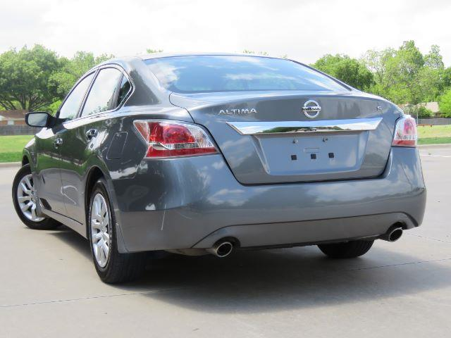 2015 Nissan Altima for sale at Automatch Texas in Richardson TX