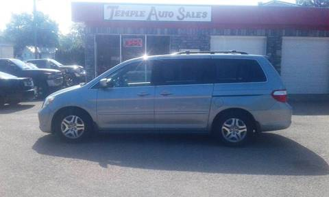 2006 Honda Odyssey for sale at TEMPLE AUTO SALES in Zanesville OH