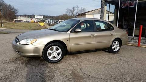 2001 Ford Taurus for sale at TEMPLE AUTO SALES in Zanesville OH