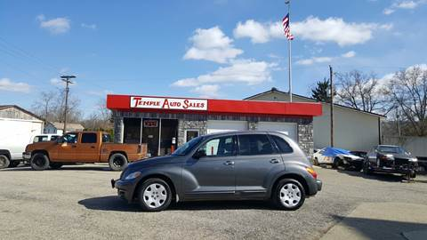 2004 Chrysler PT Cruiser for sale at TEMPLE AUTO SALES in Zanesville OH