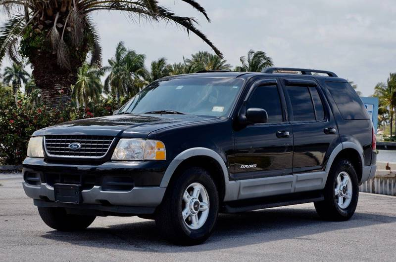 2002 ford explorer xlt in hollywood fl team auto us. Black Bedroom Furniture Sets. Home Design Ideas