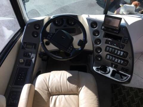 2005 Freightliner XC Chassis