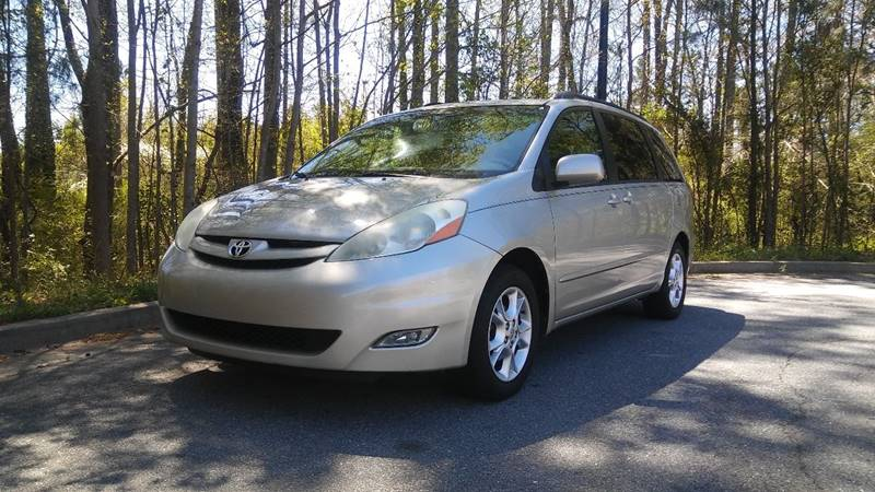 2006 Toyota Sienna for sale at Don Roberts Auto Sales in Lawrenceville GA