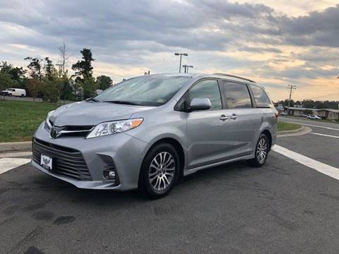 2018 Toyota Sienna for sale at Freedom Auto Sales in Chantilly VA