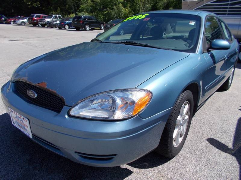 2007 Ford Taurus for sale at Auto Wholesalers Of Hooksett in Hooksett NH