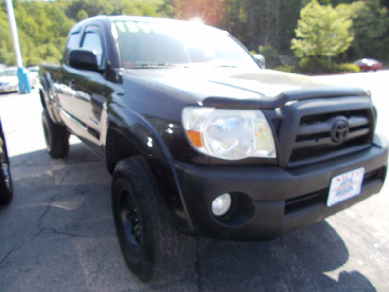 2007 Toyota Tacoma for sale at Auto Wholesalers Of Hooksett in Hooksett NH