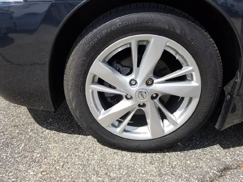 2015 Nissan Altima for sale at Auto Wholesalers Of Hooksett in Hooksett NH
